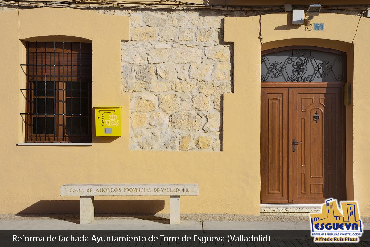 Reforma de fachada del ayuntamiento de Torre de Esgueva (Valladolid)